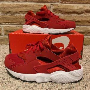 Nike Air Huarache Run (GS) Kids size 2y STEAL